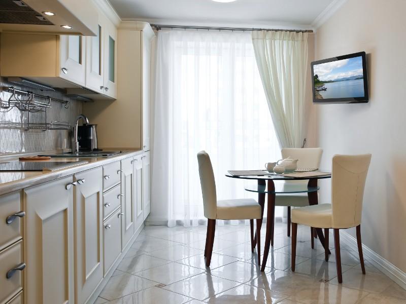 peerless pp740 paramount schwenkbare tv tv wandhalterung. Black Bedroom Furniture Sets. Home Design Ideas
